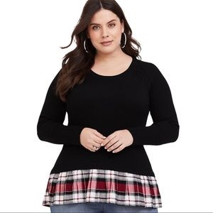 TORRID BLACK PLAID PULLOVER